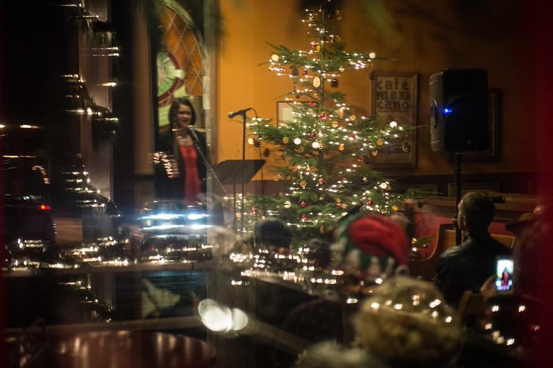 Debra Heesch Classic lil Christmas
