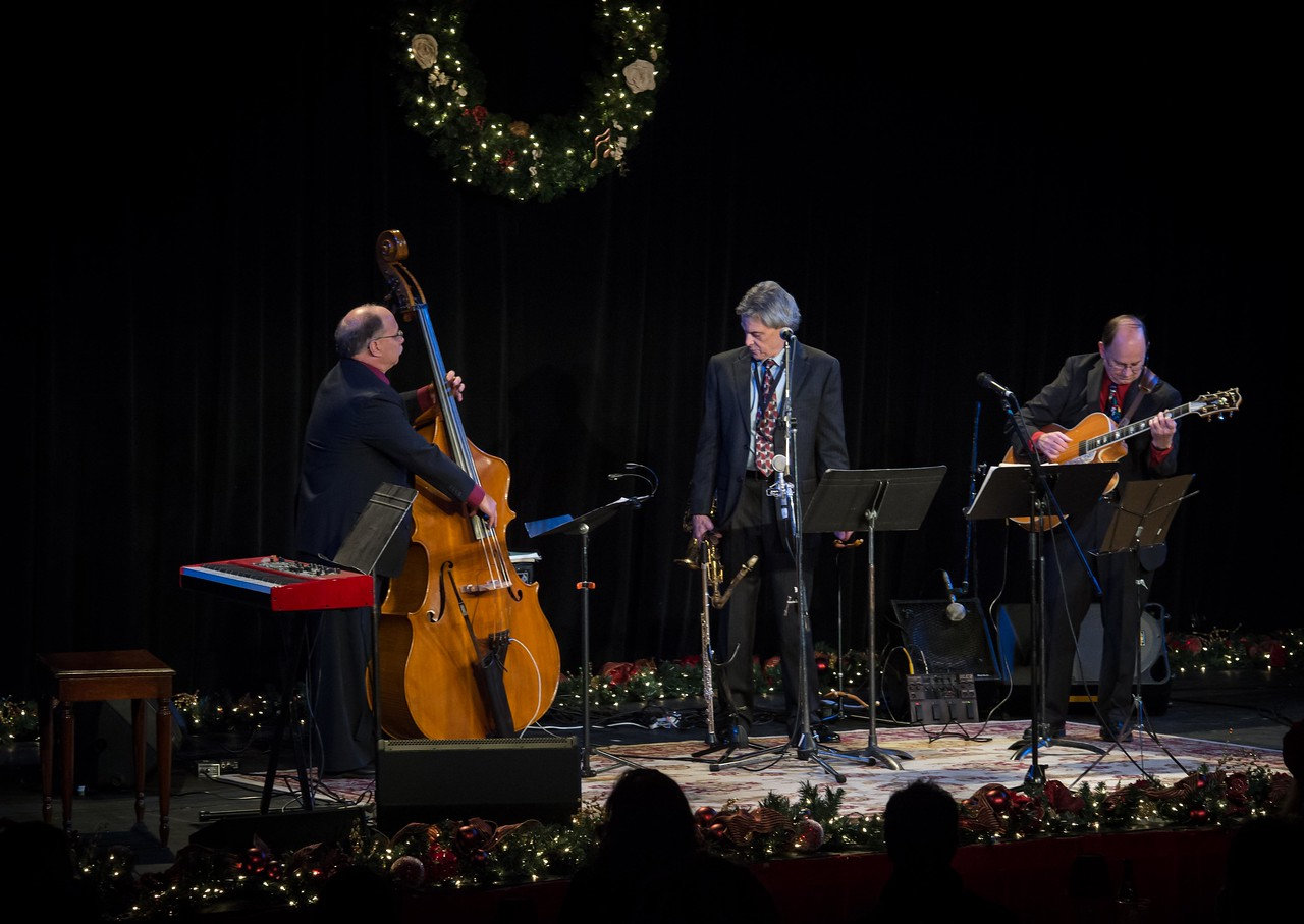A Jazzy Lil' Christmas featuring Alessandra Rose, Kim Virant and Victoria Wimer Contreras. Vashon Island, 2012 Presented by Debra Heesch and Open Space for Arts and Community.