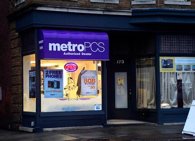 12/29/2016 Mike Orazzi   Staff The Metro PCS store on School Street in Bristol.