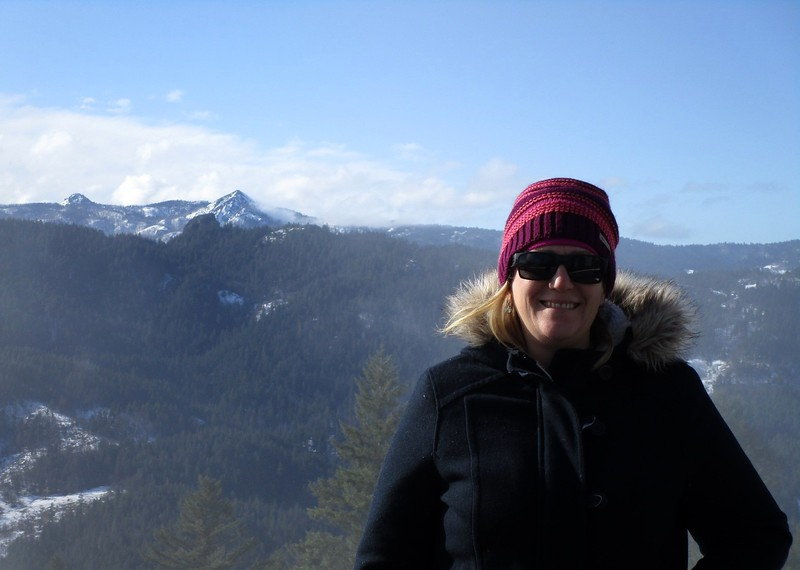 """Meredith in front of BL.  From here, we headed up the snow covered """"old"""" mountain road, into the Six Rivers NF."""