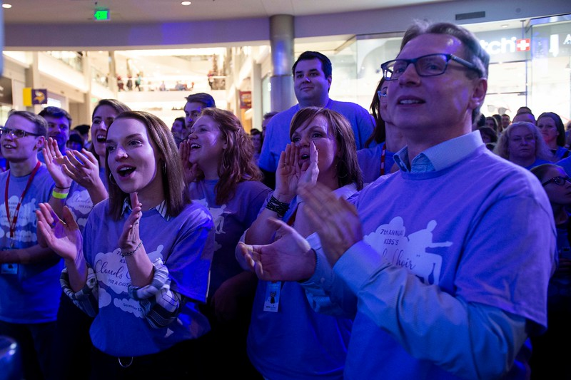 "The family of Zach Sobiech cheers for the actors porttaying them in the upcoming film, ""Clouds,"" during the annual Clouds' Choir for a Cause event at the Mall of America on Friday, Jan. 13, 2019. (Jack Rodgers / Pioneer Press)"