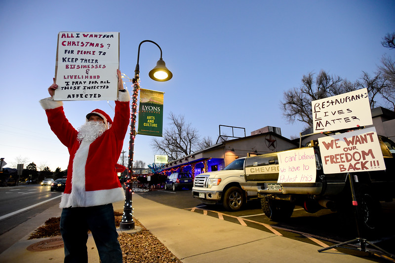 Rally to Support Lyons Den Restaurant and Taphouse