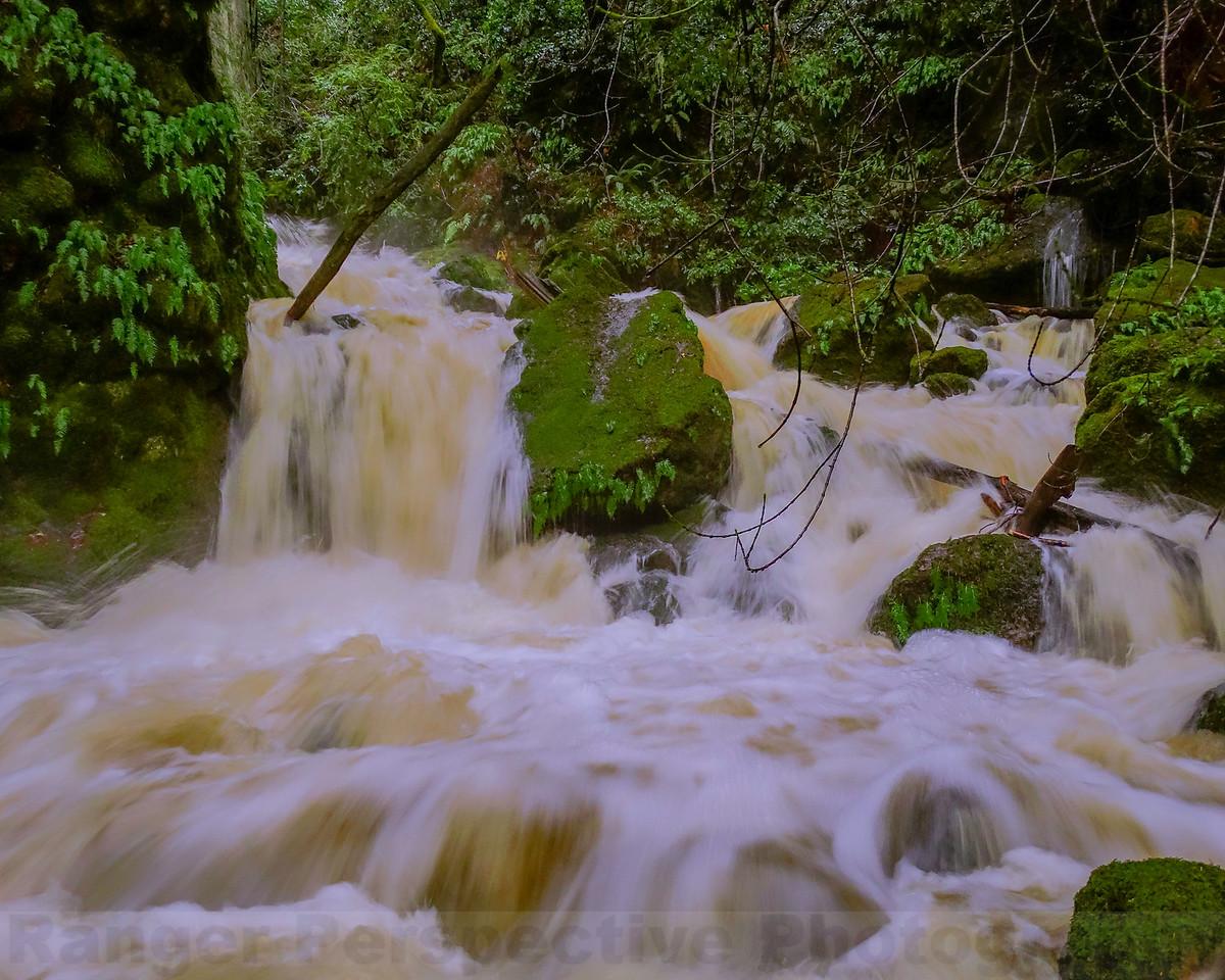 Cataract Creek  at Cataract Bridge-Version 2
