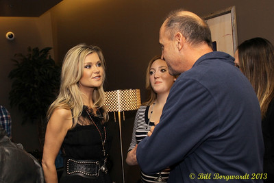 Beverley Mahood - VIP reception - Huron Carole 2013 033