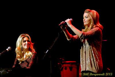 Carly & Britt McKillip - One More Girl - Huron Carole 2013 230