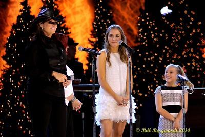 Terri Clark & Lennon & Masiy - CCMA Holiday Special