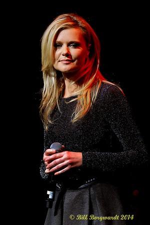 December 6, 2014 - Huron Carole at the Jubilee Auditorium