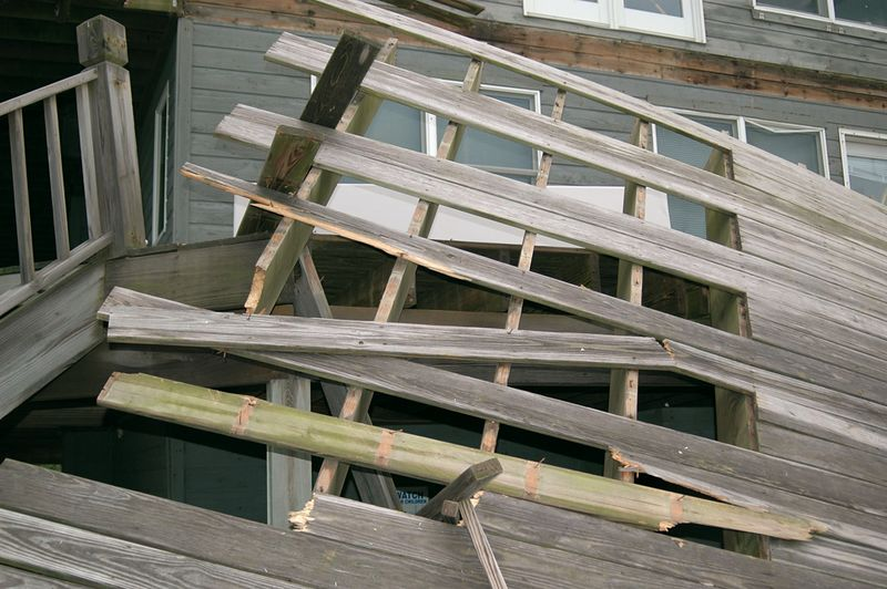 Deck as it broke away from the South end of the upper level deck.