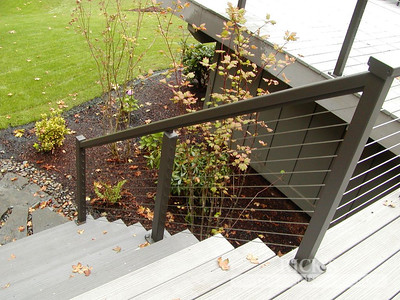 1686 - Aluminum Handrail with Stainless Steel Cable