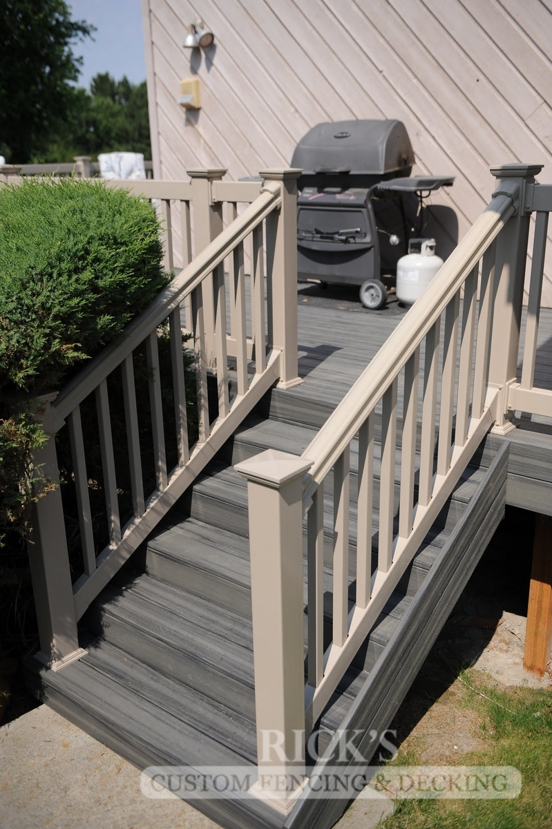 1226 - LifeStyle HDPE Composite Decking