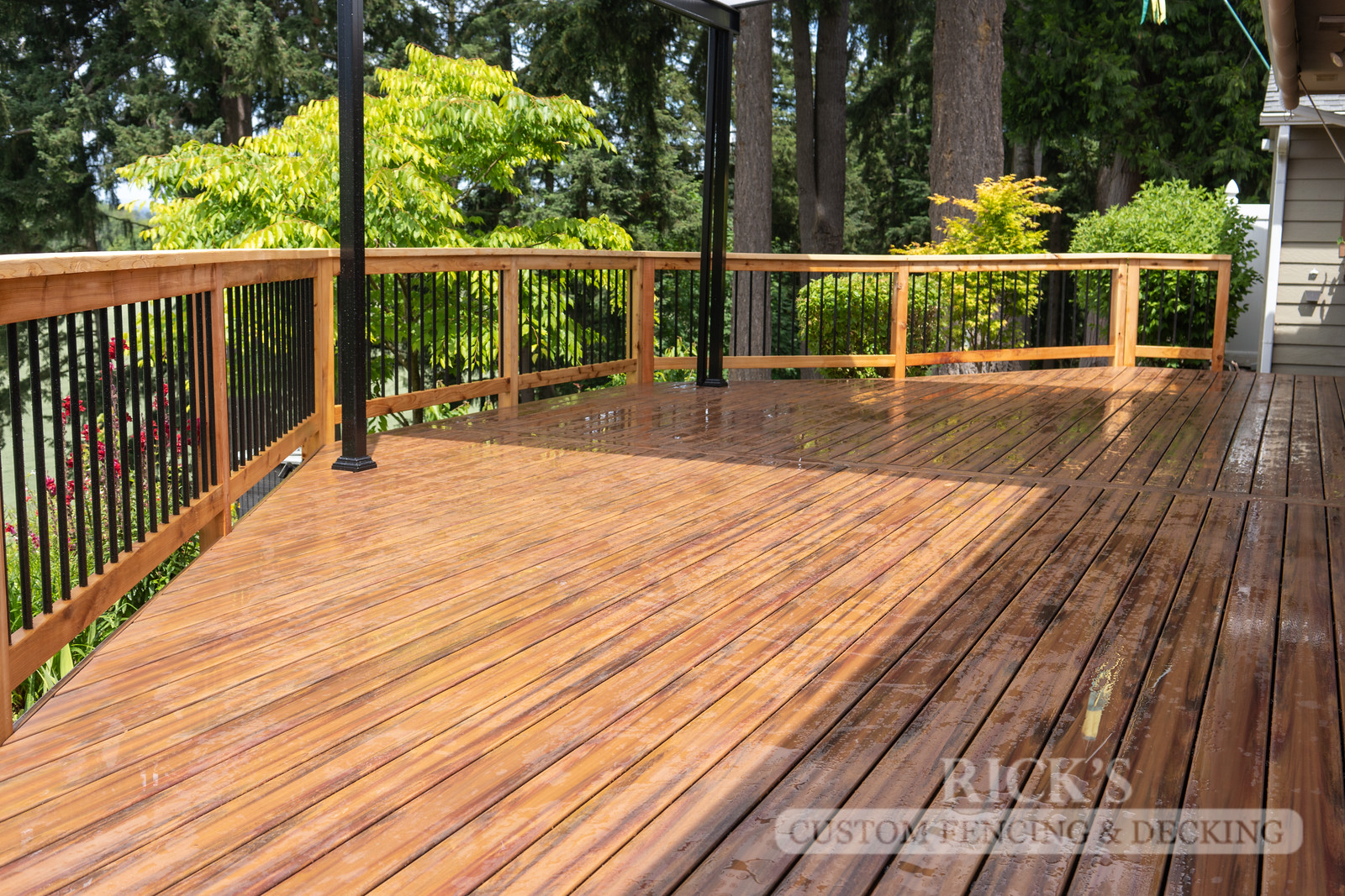 1260 -LifeStyle HDPE Composite Decking