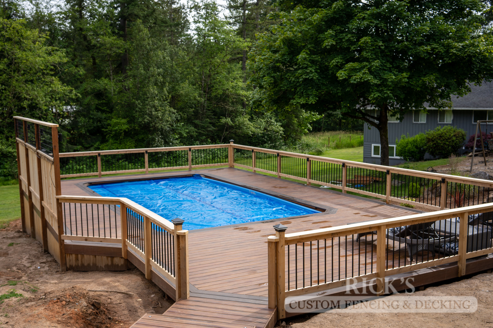 1240 - LifeStyle HDPE Composite Decking