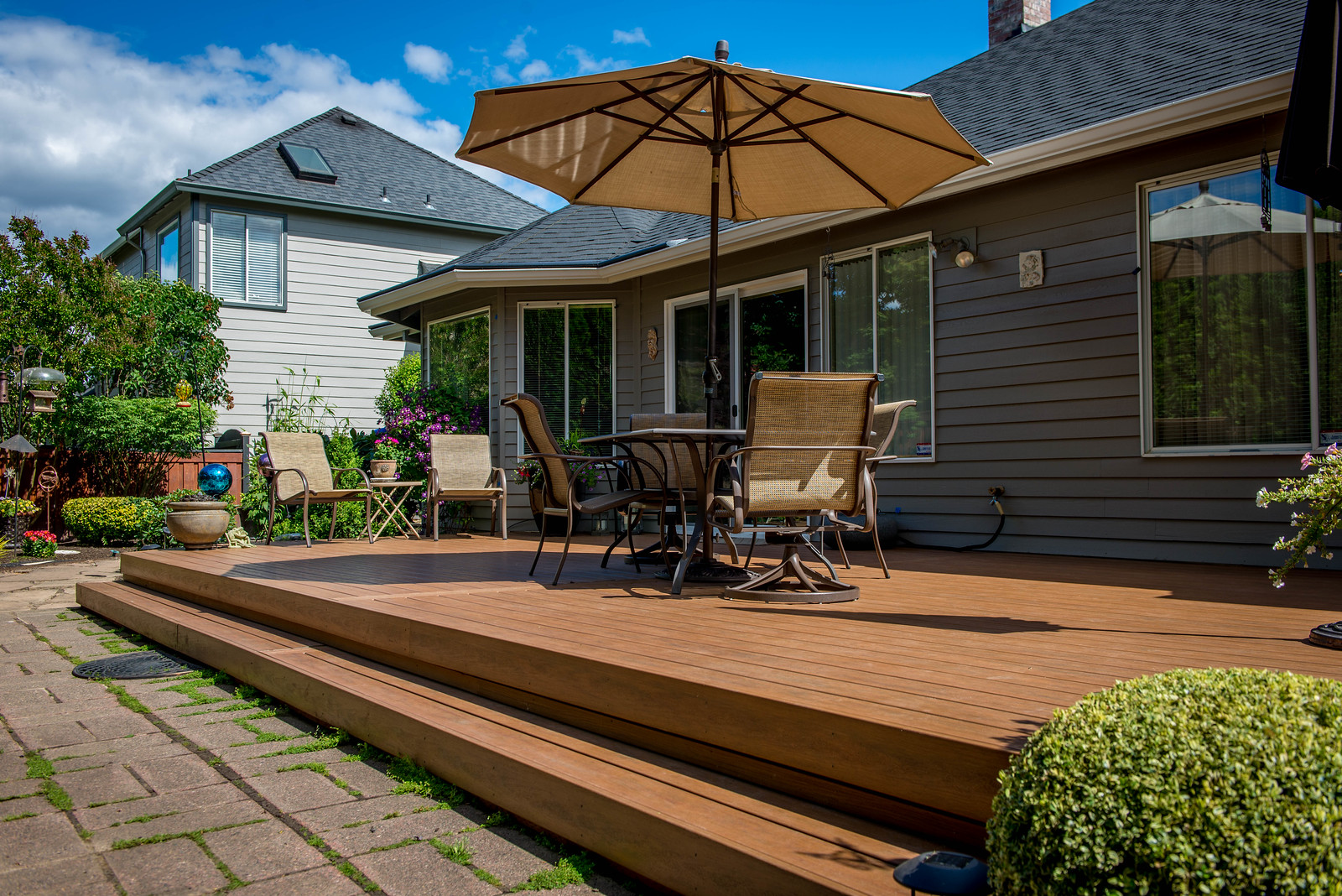 1206 - LifeStyle HDPE Composite Decking