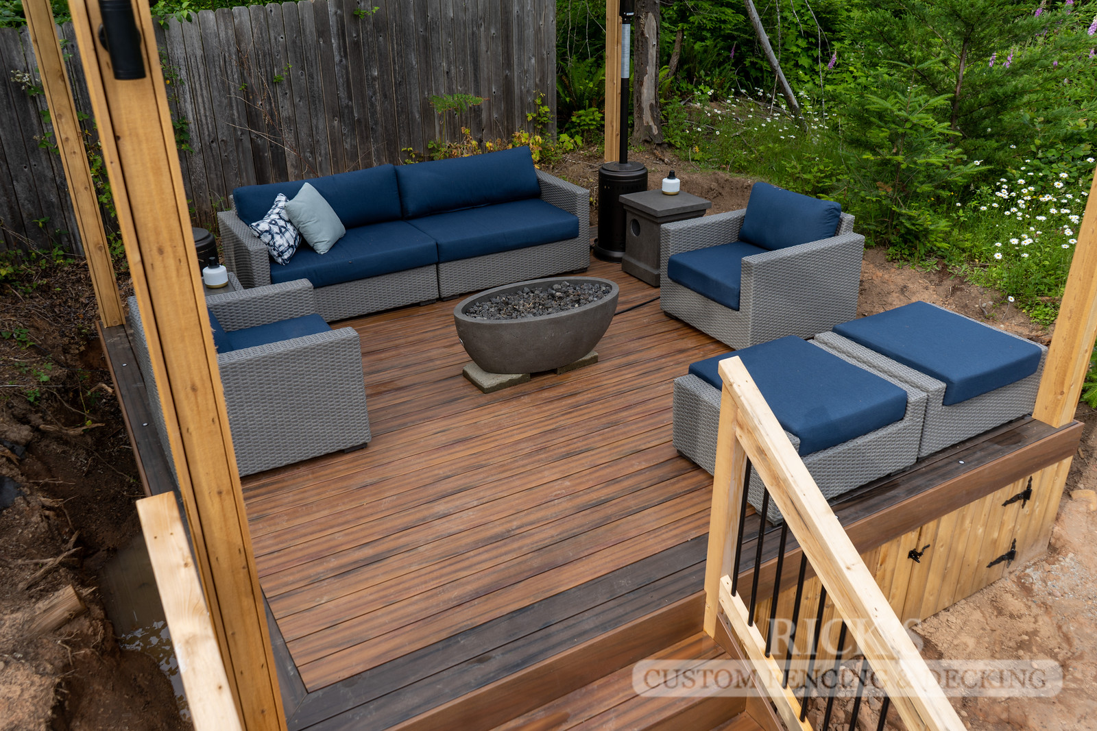 1261 - LifeStyle HDPE Composite Decking
