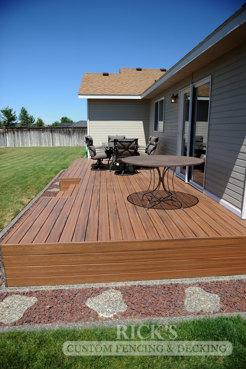 1236 - LifeStyle HDPE Composite Decking