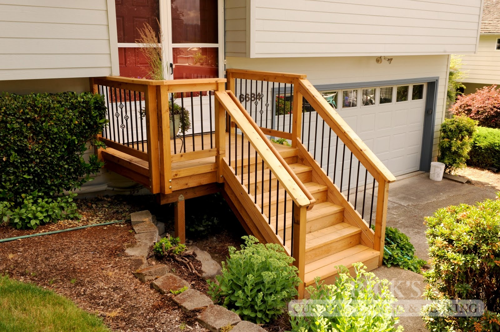 1036 - Port Orford Cedar Decking with Handrail