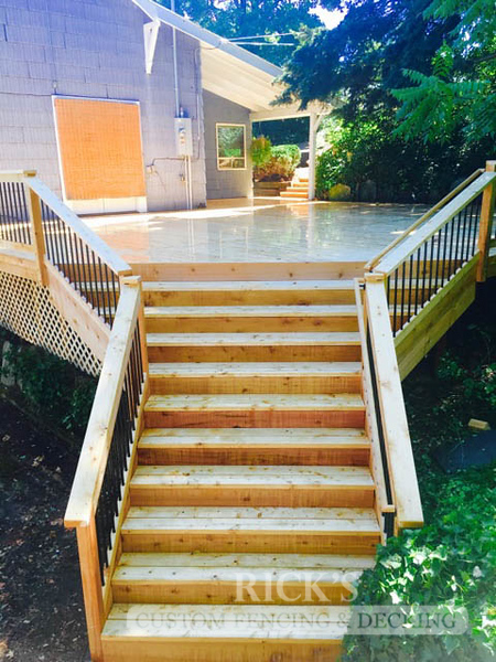 1060 - Port Orford Cedar Decking with Handrail