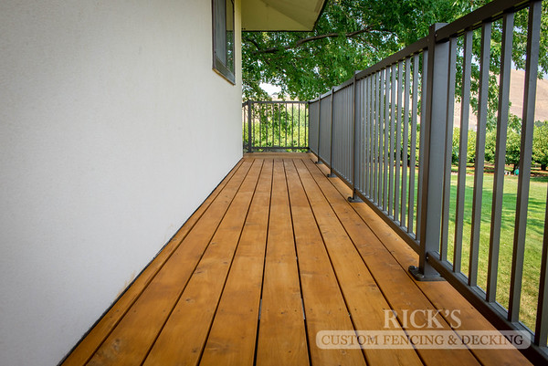 1009 - Stained Port Orford Cedar Decking with Aluminum Handrail