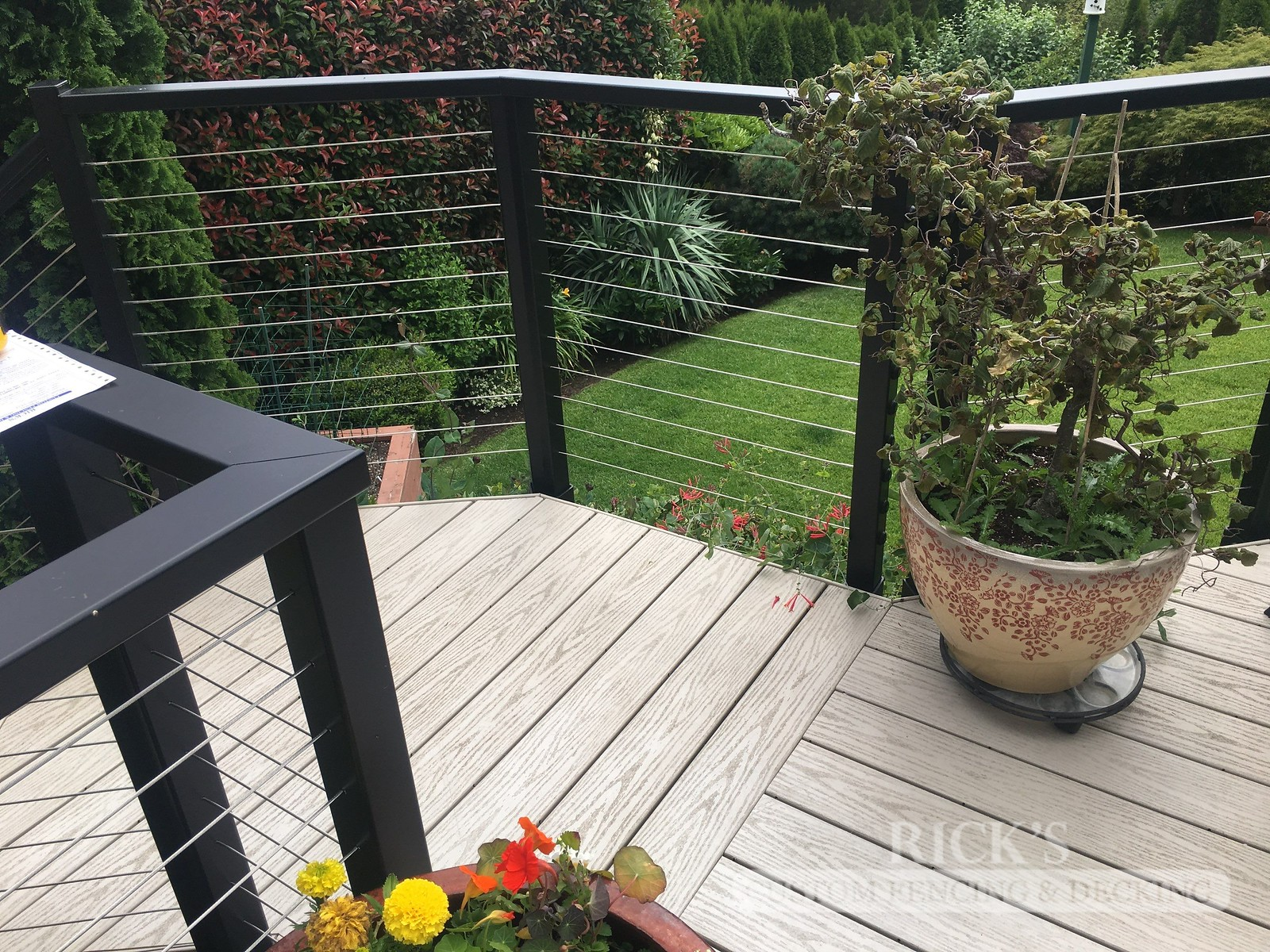 1711 - Aluminum Handrail with Stainless Steel Cable