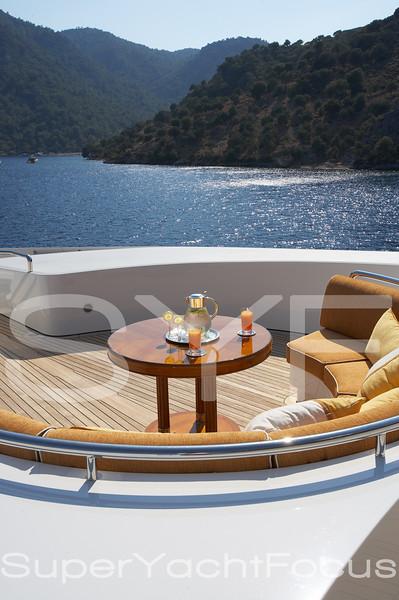 YR5Z3356  Midlandia table