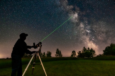 Aiming 80mm Scope at Milky Way