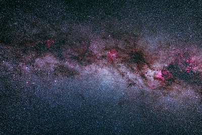 The Northern Autumn Milky Way (15-35mm RF lens at 35mm + EOS Ra)