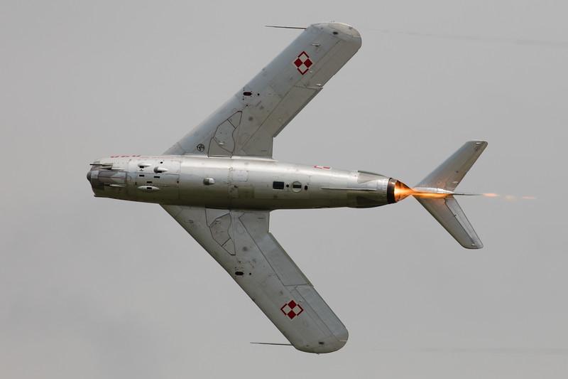 MiG-17PF