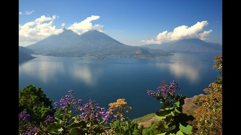 Linda Michaud Lac Atitlan
