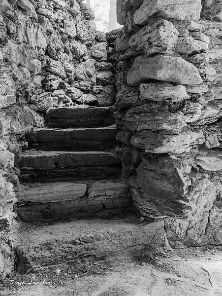 langelier_denyse_escalier jpg