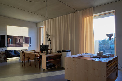 11 In diesem Wohnatelier wohnt eine Fotokünstlerin mit ihrer Tochter | A photographic artist lives with her daughter this studio