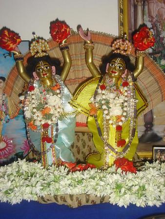 Nitaai Gaura Deities