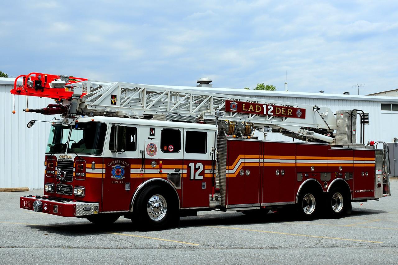 Christiana Fire Dept  Ladder 12   2006  Seagrave 100Ft