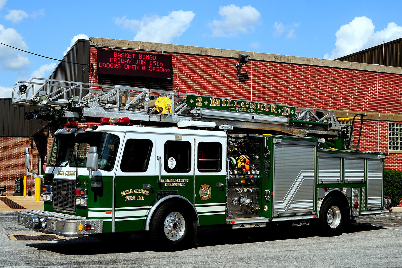 Mill Creek Fire Dept Quint 2-7 1996 Emergency-One 2000/ 500/ 75 ft
