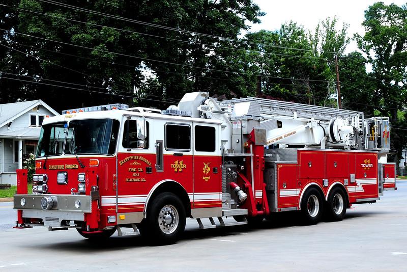 BrandywineHundred Fire Co Ladder 11 1993 Simon Duplex/ Baker Aerialscope 95 Ft