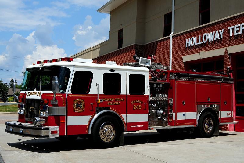 Holloway Terrace  Fire Co  Engine  20-5   1998 E mergency-One   1500/ 1000