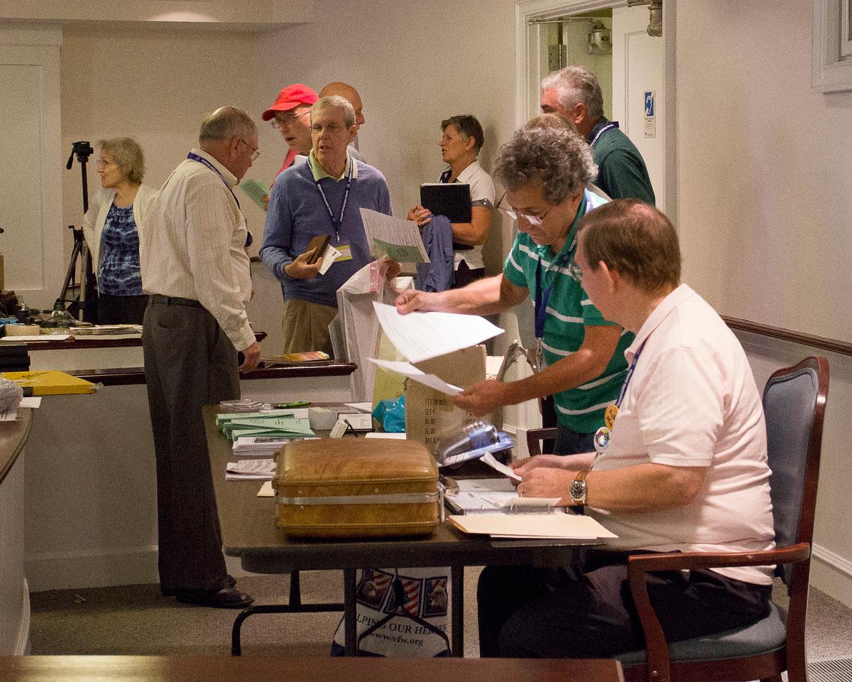 Pre Meeting meeting<br /> Lynn Maniscalco, Bob McCaffrey, Charlie Ritchie, Dave Osberg,( Unknown)<br /> Jane Maguigan, Allen Bernstein ,Pete Curcio, Jon Massey