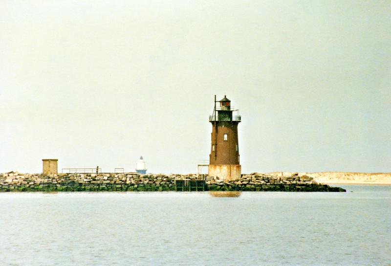 Delaware Breakwatr Light001