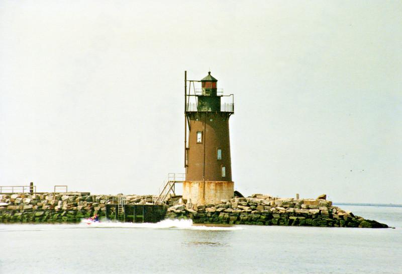 Delaware Breakwatr Light002