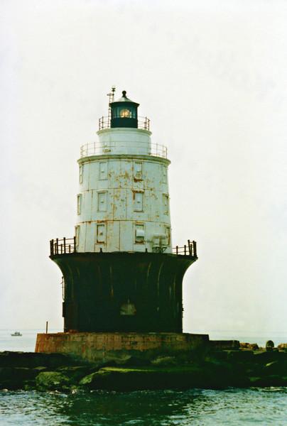 Harbor of Refuge Light002