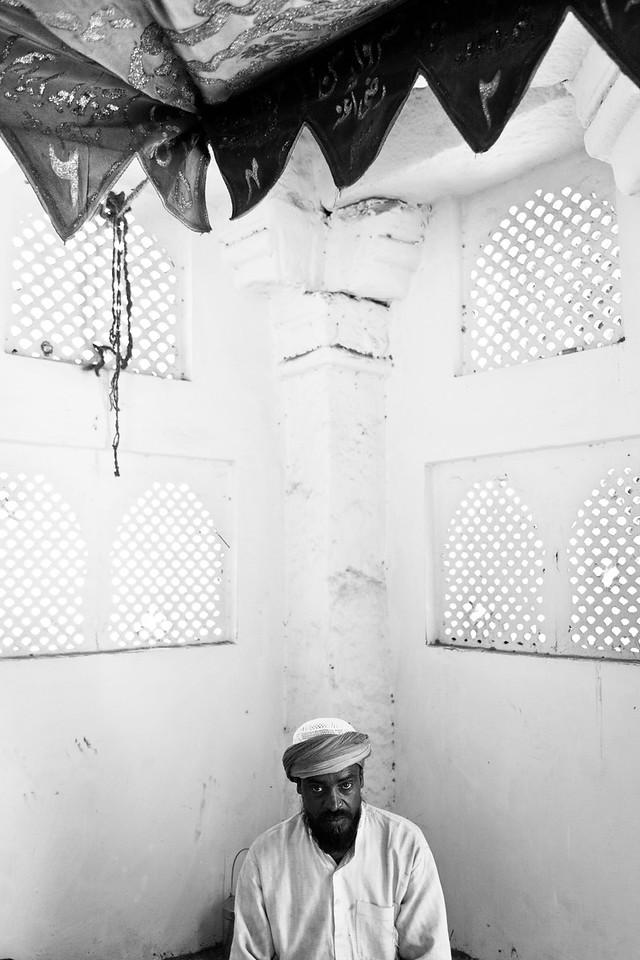 Tomb of Roshan, Chiragh Delhi