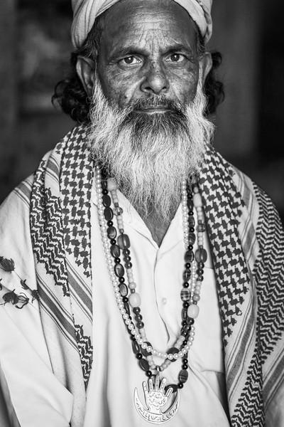 Sufi, Chirag Delhi
