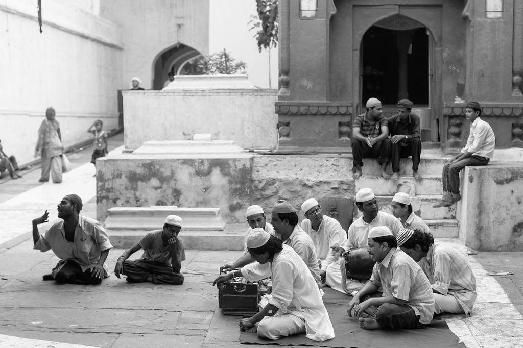 Qawwali perfomers, Dargah of Qutb Sahib, Mehrauli