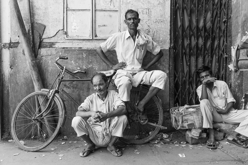 Three men and a bicycle, spice market