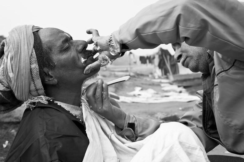 Ritual shaving, Kudsia Ghat