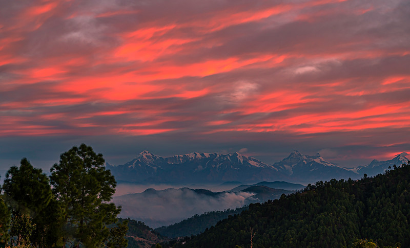 Sunrise in Mukteshwar