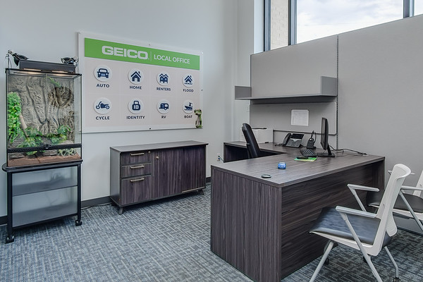 Palermo_Geico_Office-2827