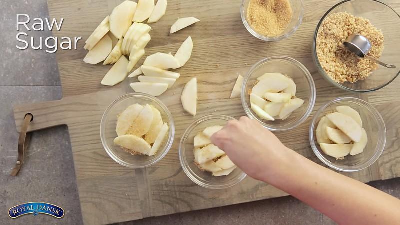 Royal Dansk Warm Apple Pie