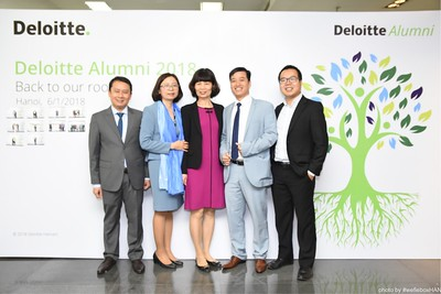 Deloitte-Vietnam-Alumni-photobooth-hanoi-chup-anh-in-anh-lay-lien-wefiebox-wefieboxHAN-023