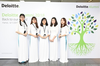 Deloitte-Vietnam-Alumni-photobooth-hanoi-chup-anh-in-anh-lay-lien-wefiebox-wefieboxHAN-008