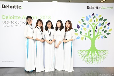 Deloitte-Vietnam-Alumni-photobooth-hanoi-chup-anh-in-anh-lay-lien-wefiebox-wefieboxHAN-007